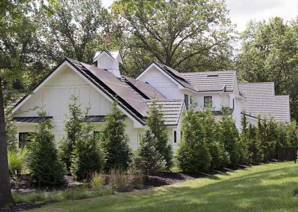 Modern Farmhouse Exterior 6